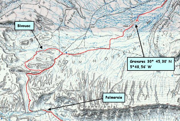 Carte au 100 000e , boucle-bivouac et position du site de gravures.