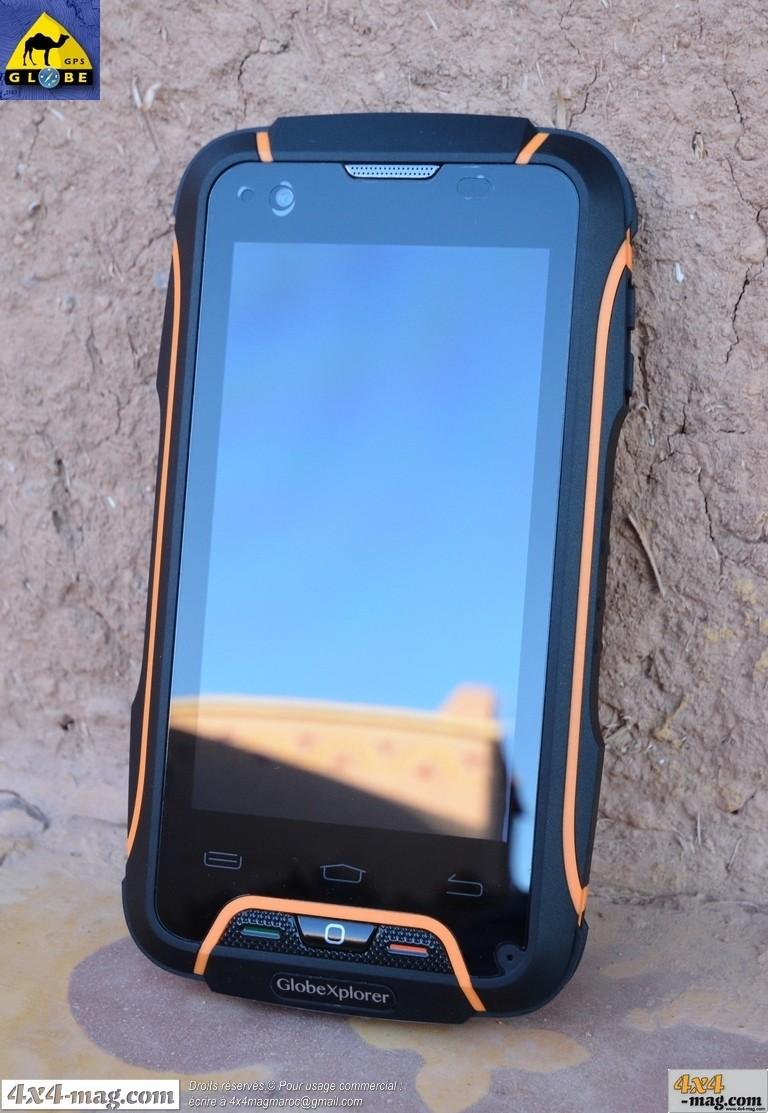 Globe Phone III